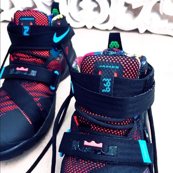 Nike James Lebron 23 high tops